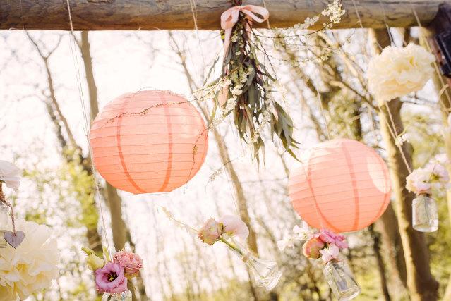 640_oranje-lampionnen-bloemenvaasjes